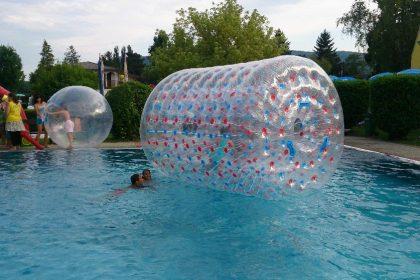 Wasserrolle, Wateroller, Wasserfortbewegung, Sommerspaß