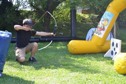 Bow and Arrow Battle, Bogenschießen, Wettkampf, Team, Teambilding, Gruppe, Hindernisse, Pfeil und Bogen