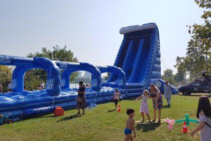 Rock the Slide, aufblasbare Riesenwasserrutsche