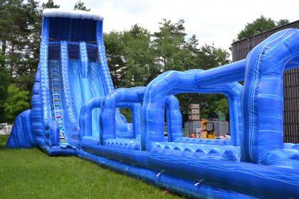 Rock the slide riesenwasserrutsche