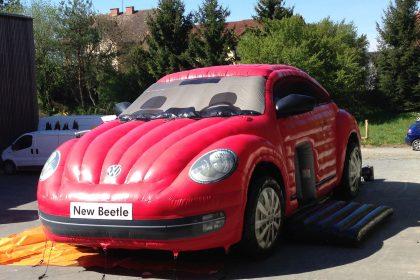Hüpfburg VW Beetle in rot von vorne